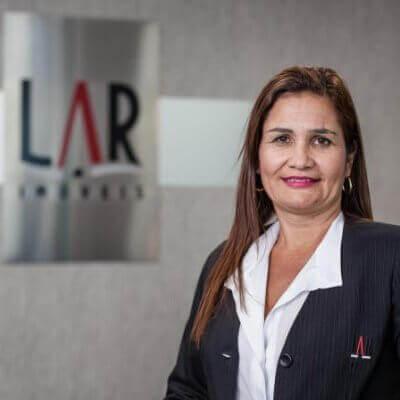 Luciana Cristina - Gerente de Locação Lar Imóveis