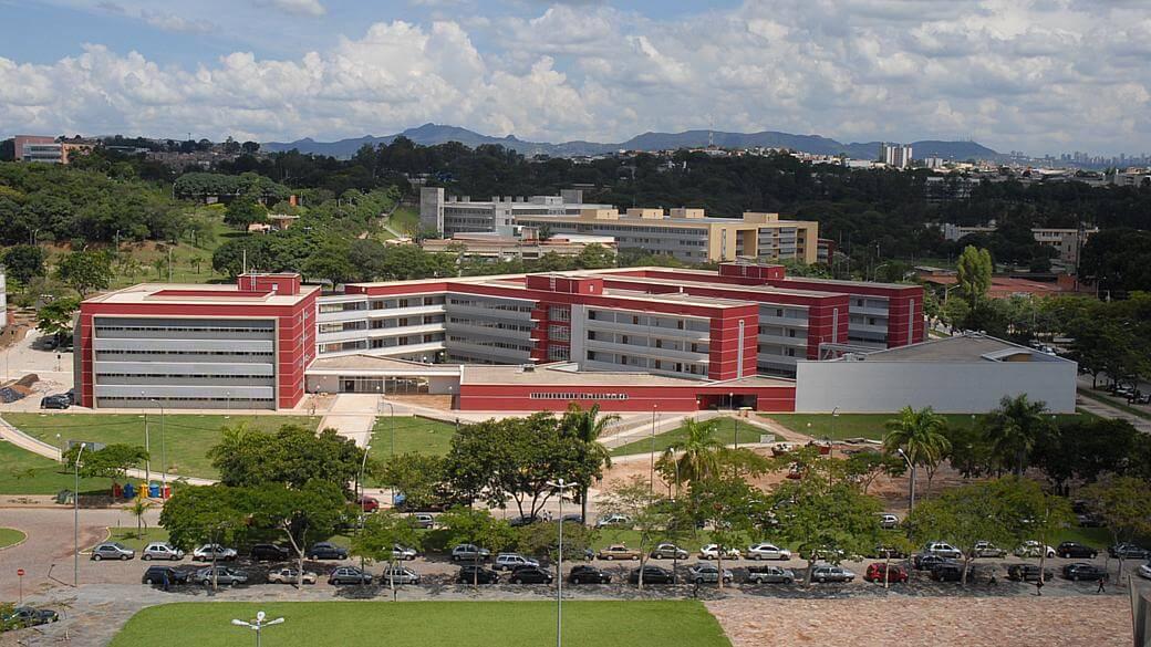 Morar Perto: 7 imóveis próximos a UFMG para motivar seus estudos!
