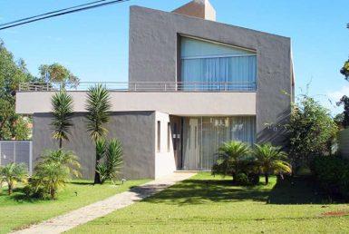 Foto Casa em Condomínio de 3 quartos à venda no Alphaville em Nova Lima - Imagem 01