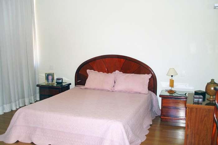 Foto Casa em Condomínio de 3 quartos à venda no Alphaville em Nova Lima - Imagem 08