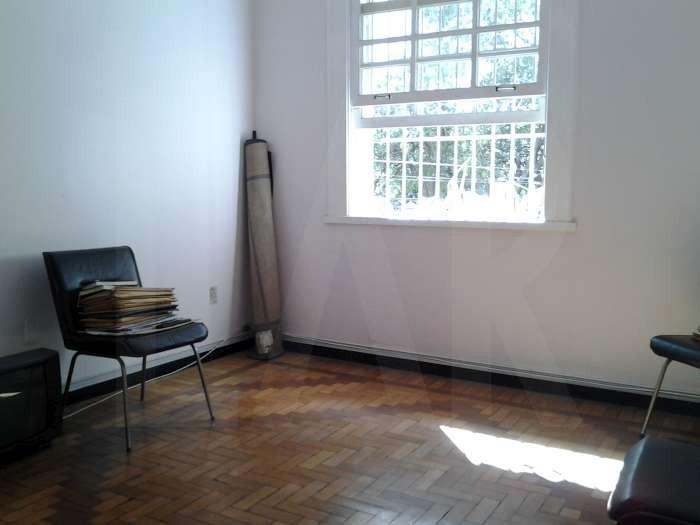 Foto Casa Comercial de 6 quartos à venda no Lourdes em Belo Horizonte - Imagem 03
