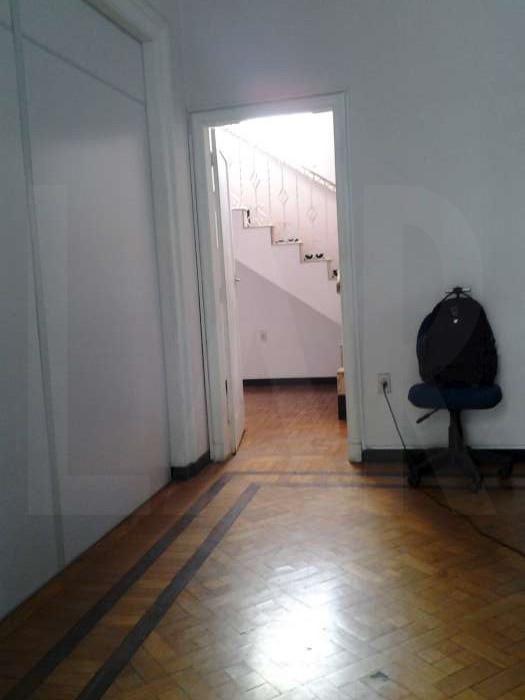Foto Casa Comercial de 6 quartos à venda no Lourdes em Belo Horizonte - Imagem 05