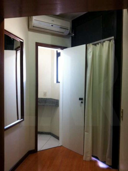 Foto Flat de 1 quarto à venda no Lourdes em Belo Horizonte - Imagem 07