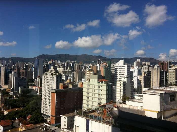 Foto Flat de 1 quarto à venda no Lourdes em Belo Horizonte - Imagem