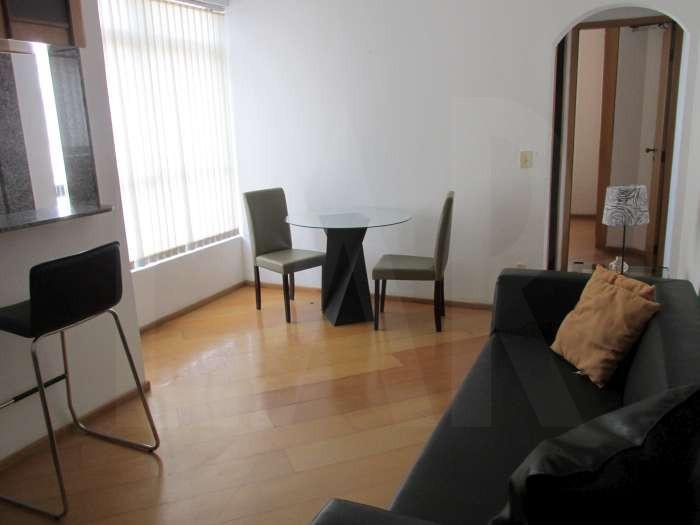 Foto Flat à venda no Lourdes em Belo Horizonte - Imagem 02