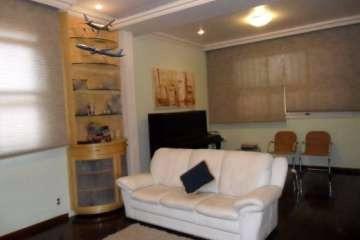 Foto Casa de 4 quartos à venda na Floresta em Belo Horizonte - Imagem 01
