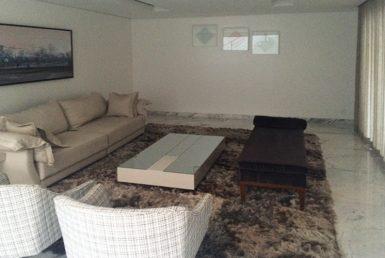 Foto Casa de 7 quartos à venda no Belvedere em Belo Horizonte - Imagem 01