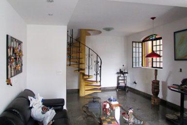 Foto Casa de 3 quartos à venda no Braúnas em Belo Horizonte - Imagem 01