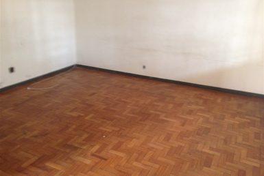 Foto Casa de 4 quartos à venda no Barro Preto em Belo Horizonte - Imagem 01