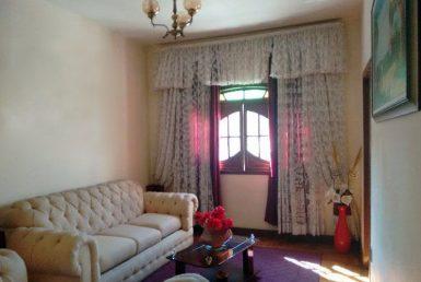 Foto Casa de 8 quartos à venda no Carlos Prates em Belo Horizonte - Imagem 01