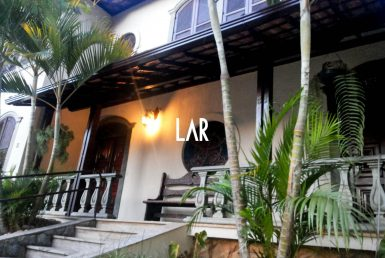 Foto Casa de 6 quartos à venda no Cruzeiro em Belo Horizonte - Imagem 01
