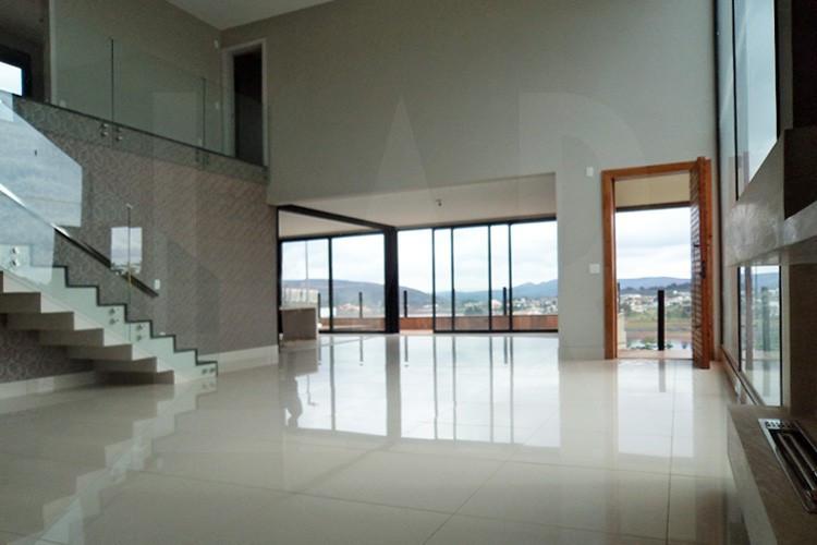 Foto Casa em Condomínio de 4 quartos à venda no Alphaville em Nova Lima - Imagem 03
