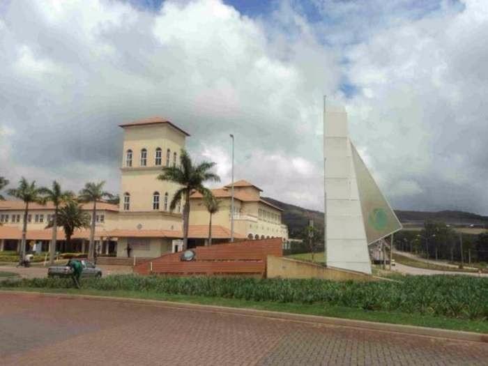 Foto Lote em Condomínio à venda no Alphaville em Nova Lima - Imagem