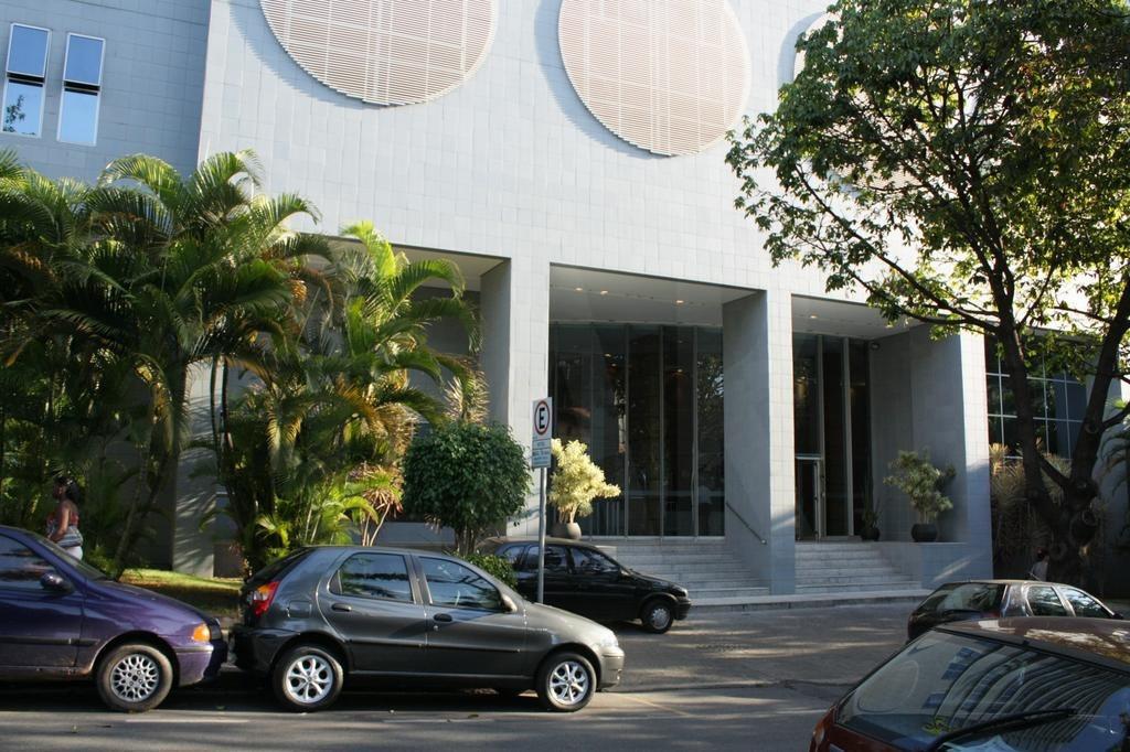 Foto Flat à venda no Serra em Belo Horizonte - Imagem 04