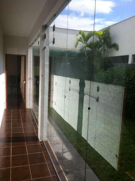 Foto Casa de 8 quartos à venda no Braúnas em Belo Horizonte - Imagem