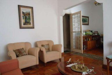 Foto Casa de 3 quartos à venda no Santo Antônio em Belo Horizonte - Imagem 01