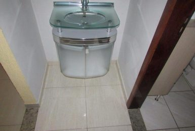 Foto Casa de 3 quartos à venda no Vitoria em Belo Horizonte - Imagem 01