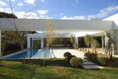 Foto Casa em Condomínio de 4 quartos à venda no Alto Do Joa em Lagoa Santa - Imagem 01