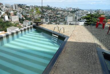 Foto Casa de 3 quartos para alugar no Santa Lúcia em Belo Horizonte - Imagem 01