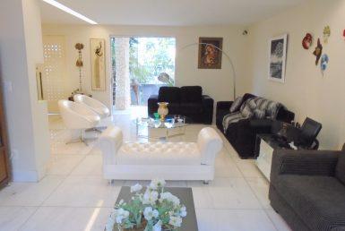 Foto Casa de 6 quartos à venda no VILA PARIS em Belo Horizonte - Imagem 01