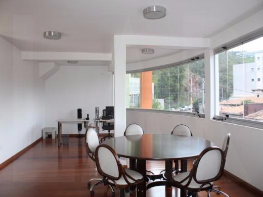 Foto Casa Comercial de 9 quartos à venda no Santa Lúcia em Belo Horizonte - Imagem 04