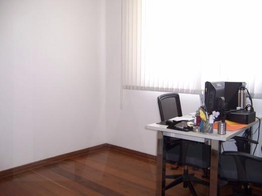 Foto Casa Comercial de 9 quartos à venda no Santa Lúcia em Belo Horizonte - Imagem 09