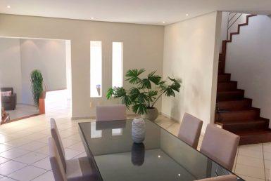 Foto Casa de 4 quartos à venda no Fernão Dias em Belo Horizonte - Imagem 01