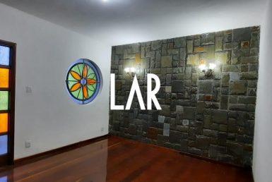 Foto Casa de 3 quartos para alugar no Itapoã em Belo Horizonte - Imagem 01