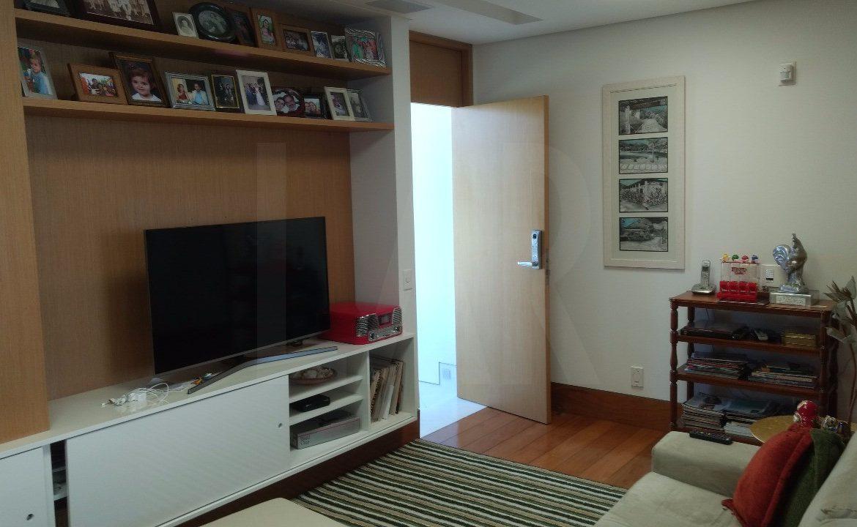Foto Casa em Condomínio de 4 quartos à venda no Riviera em Nova Lima - Imagem 09
