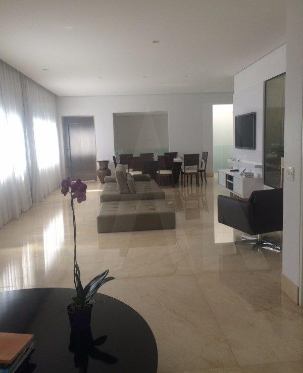 Foto Casa em Condomínio de 5 quartos à venda no Vale dos Cristais em Nova Lima - Imagem 02