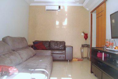 Foto Casa Geminada de 4 quartos à venda no Heliópolis em Belo Horizonte - Imagem 01