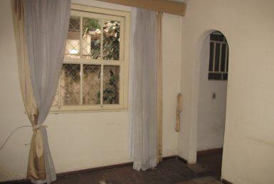 Foto Casa de 3 quartos à venda no Lourdes em Belo Horizonte - Imagem 01