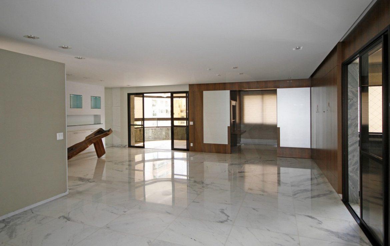 Foto Apartamento de 4 quartos para alugar no Lourdes em Belo Horizonte - Imagem 04