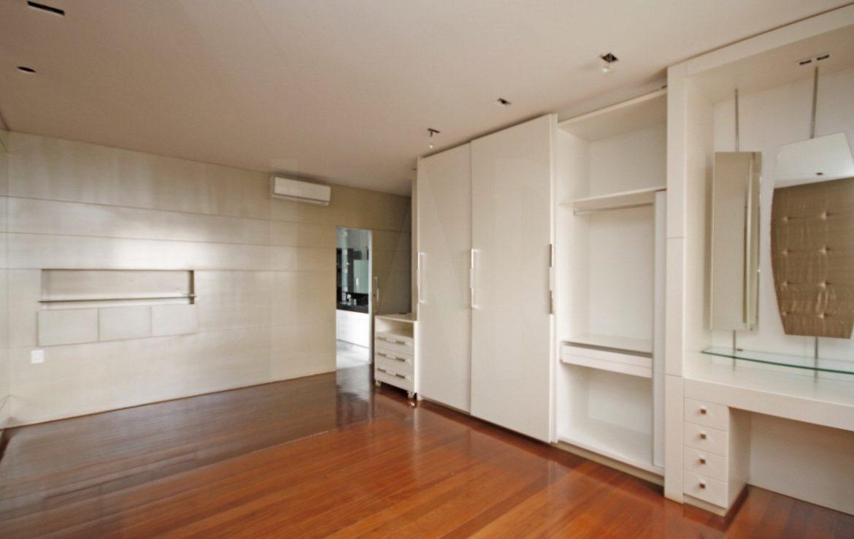 Foto Apartamento de 4 quartos para alugar no Lourdes em Belo Horizonte - Imagem 09