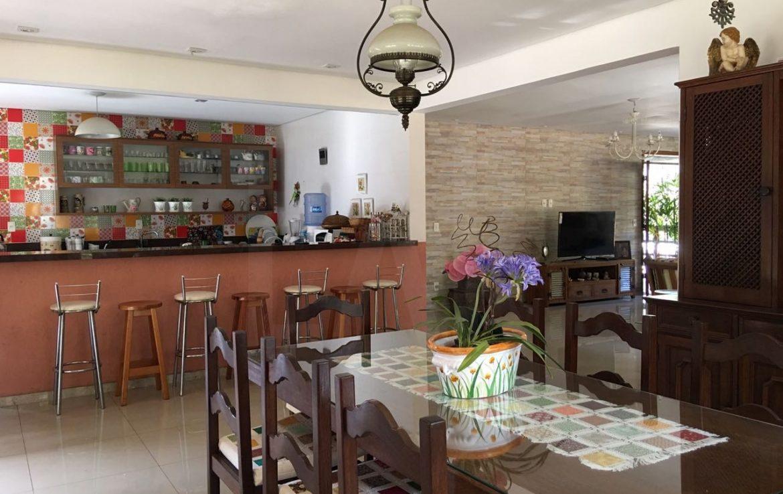 Foto Casa de 3 quartos à venda no Braúnas em Belo Horizonte - Imagem 02