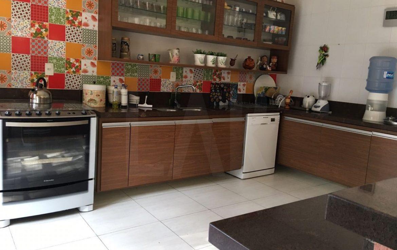 Foto Casa de 3 quartos à venda no Braúnas em Belo Horizonte - Imagem 09