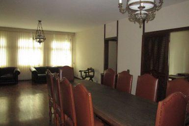 Foto Apartamento de 5 quartos para alugar na Savassi em Belo Horizonte - Imagem 01
