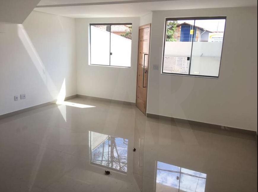 Foto Casa Geminada de 3 quartos à venda no Santa Branca em Belo Horizonte - Imagem 04