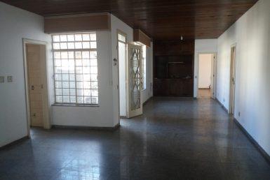 Foto Casa Comercial de 6 quartos para alugar no Cidade Jardim em Belo Horizonte - Imagem 01