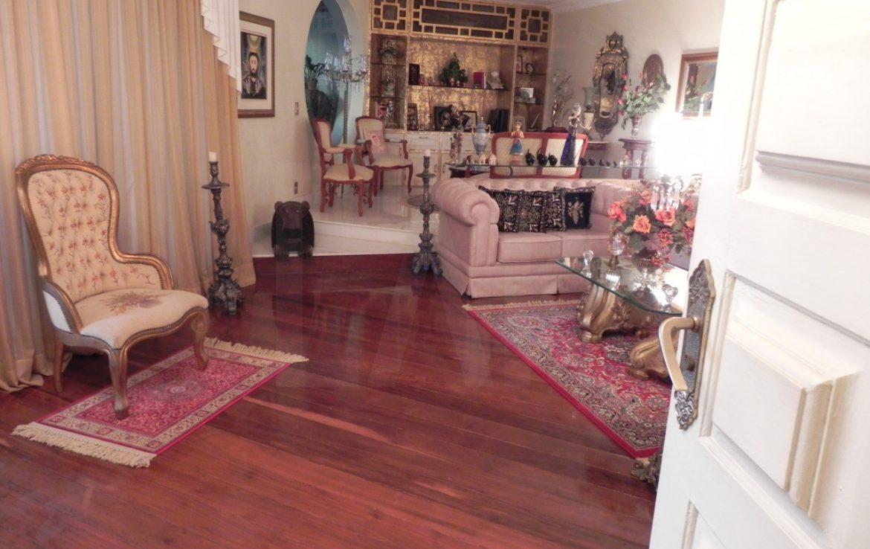 Foto Apartamento de 5 quartos para alugar no Sion em Belo Horizonte - Imagem 03