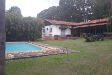 Foto Casa de 5 quartos à venda no Braúnas em Belo Horizonte - Imagem 01