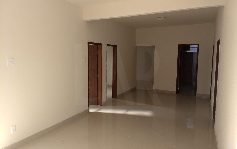 Foto Casa de 5 quartos à venda no Santa Tereza em Belo Horizonte - Imagem 03
