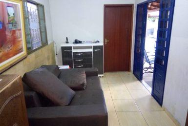 Foto Casa de 6 quartos à venda no Glória em Belo Horizonte - Imagem 01