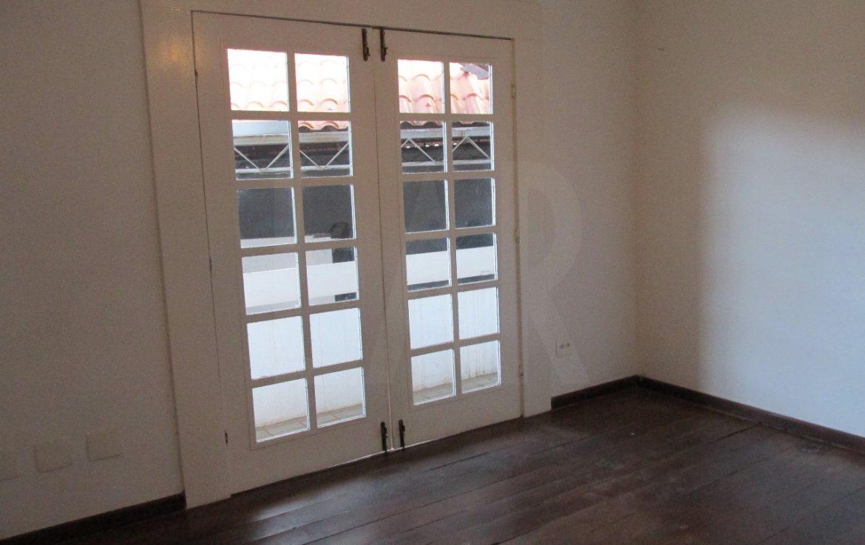 Foto Casa Comercial de 4 quartos à venda no Santa Lúcia em Belo Horizonte - Imagem 02