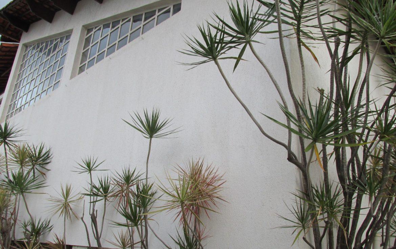 Foto Casa Comercial de 4 quartos à venda no Santa Lúcia em Belo Horizonte - Imagem