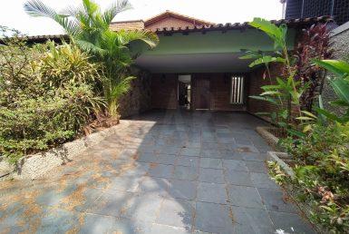 Foto Casa de 4 quartos para alugar no São José em Belo Horizonte - Imagem 01