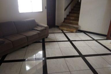 Foto Casa de 5 quartos à venda no Carlos Prates em Belo Horizonte - Imagem 01