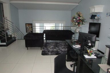 Foto Casa Comercial de 12 quartos à venda no Santa Branca em Belo Horizonte - Imagem 01