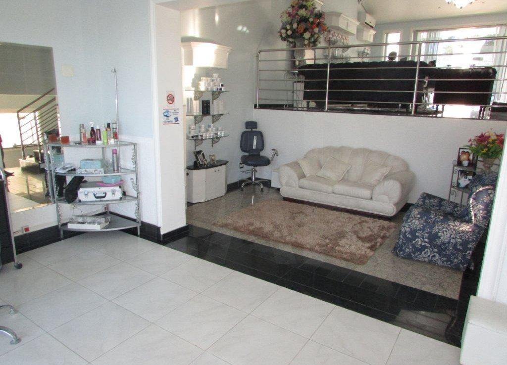 Foto Casa Comercial de 12 quartos à venda no Santa Branca em Belo Horizonte - Imagem 06