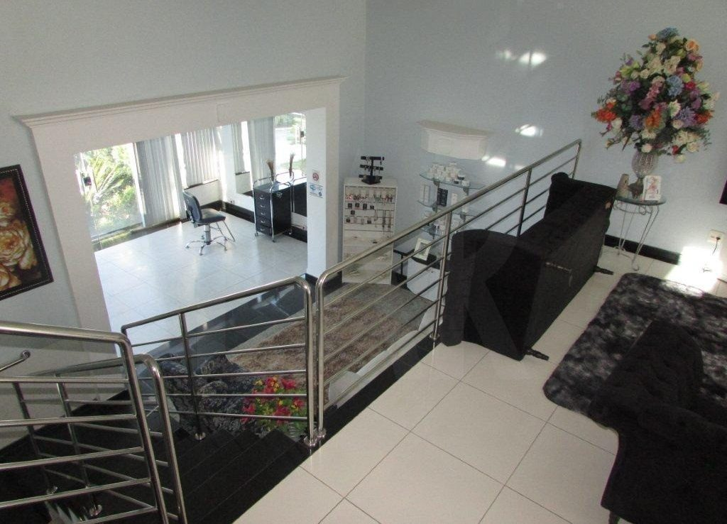 Foto Casa Comercial de 12 quartos à venda no Santa Branca em Belo Horizonte - Imagem 09